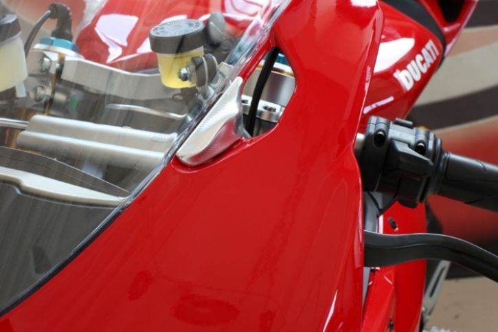 mirrow hole caps 1199 Panigale