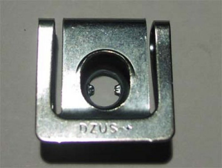 slip-on clip for quick fastener 4 mm