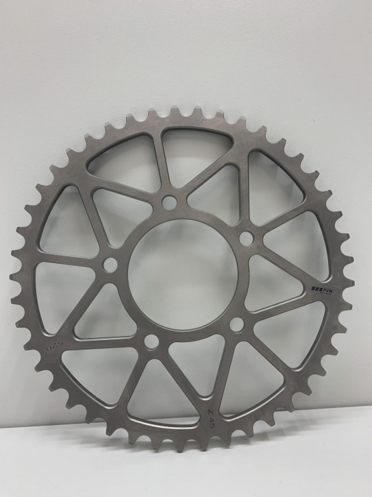 PVM titanium sprocket pitch 520