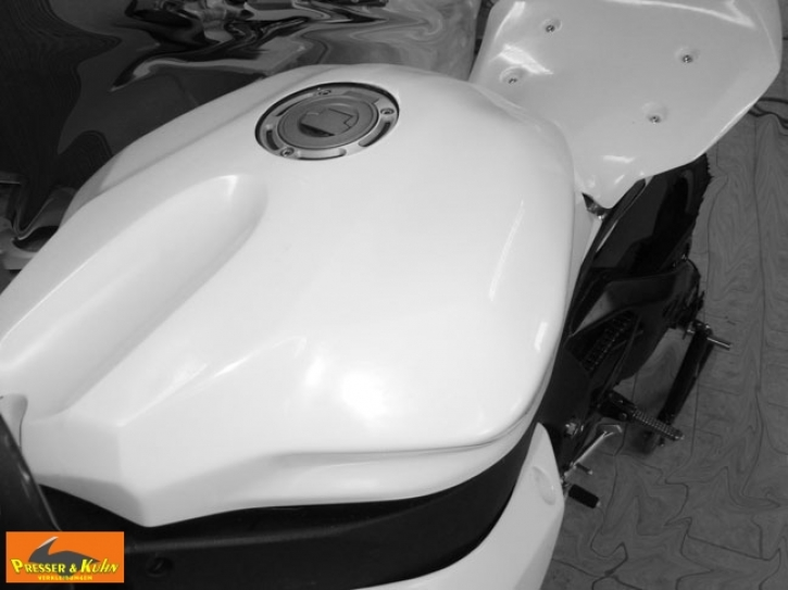 tank cover YZF R 2015- glassfibre