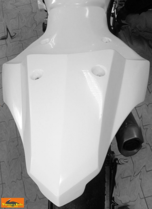 Racing seat YZF R 2015- glassfibre
