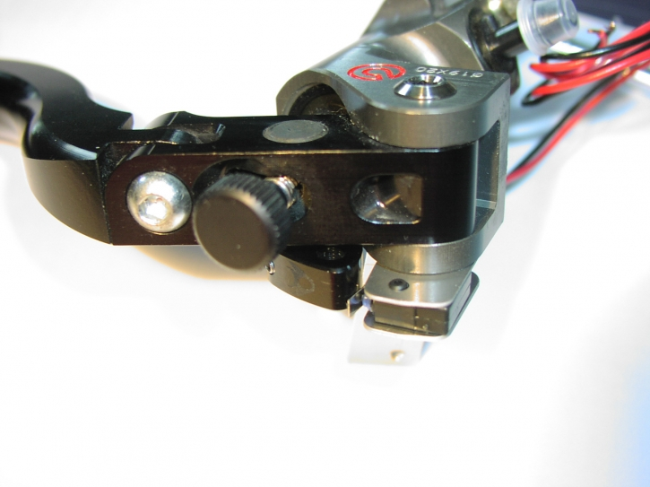 mecanical brake light switch